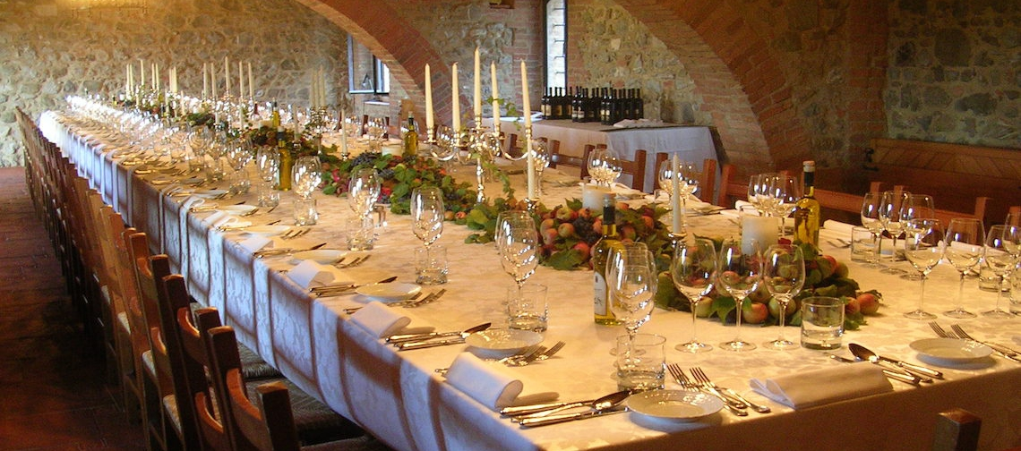 Matrimonio Vigneto Toscana : Lussuoso castello tra i vigneti del brunello di montalcino