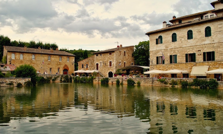 The pool in Bagno Vignoni
