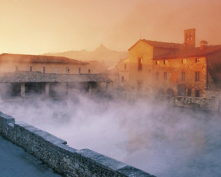 The pool in Bagno Vignoni